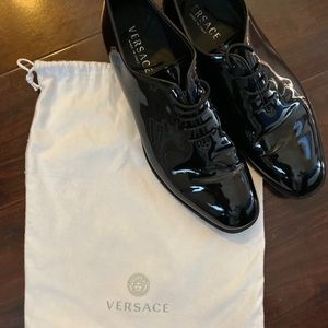 BRAND NEW worn once. Versace dress shoes size 13